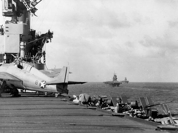 Американские авианосцы «Уосп», «Саратога» и «Энтерпрайз» на защите Гуадалканала. Август 1942 г.