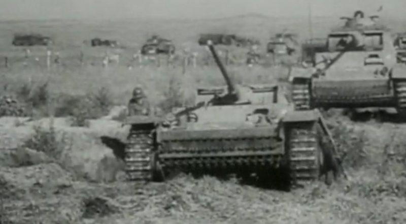 Немецкие танки под Ростовом. Стоп-кадр из немецкой хроники.