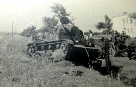 Брошенные советские танки. 1941 г.