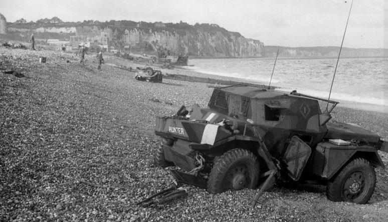 Высадка союзников на побережье.