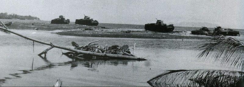 Уничтоженные японские танки у реки Матаникау.