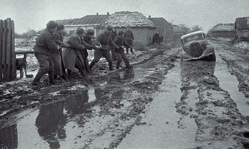Советские войска на подступах к городу. Март 1944 г.