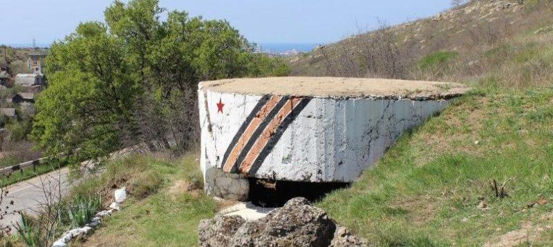 Артиллерийский ДОТ №21 над Лабораторным шоссе для 45-мм орудия 21-К.