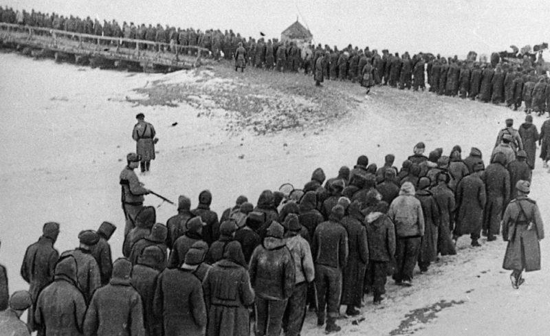 Немецкие военнопленные из «Черкасского котла». Февраль 1944 г.