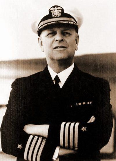 Адмирал Хазбенд Киммель.