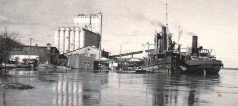 Порт, элеватор. 1943 г.