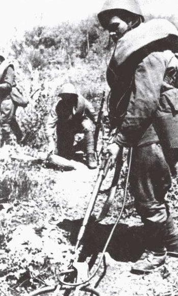 Советские саперы в Ковеле. Июль 1944 г.