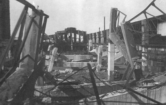 Разрушенные цеха завода им. Петровского. Март. 1944 г.