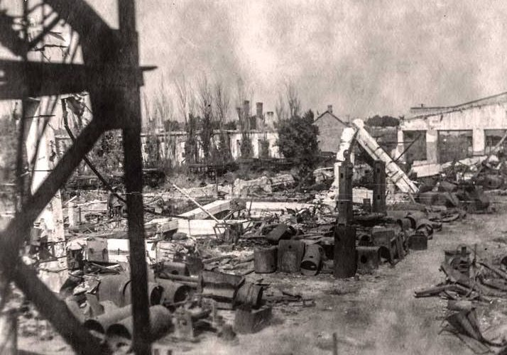 Руины города. Март 1944 г.