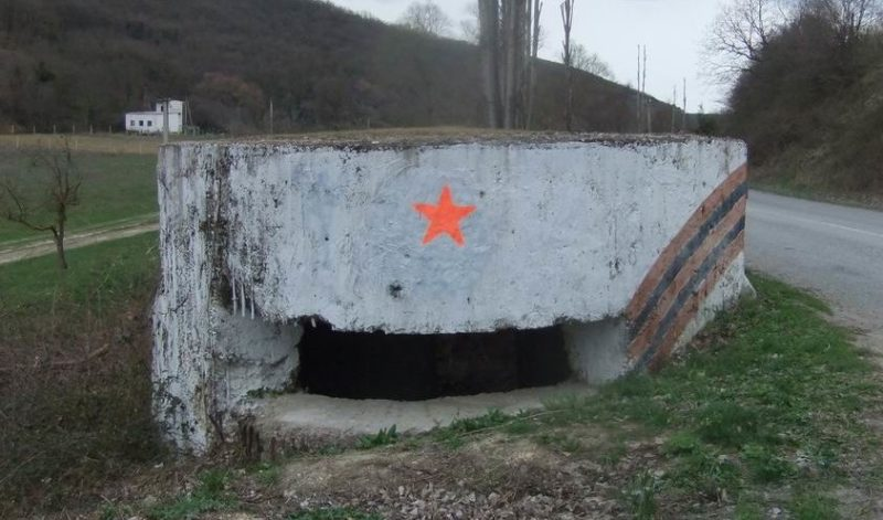 Артиллерийский ДОТ №67 у деревни Терновки для 45-мм орудия 21-К.