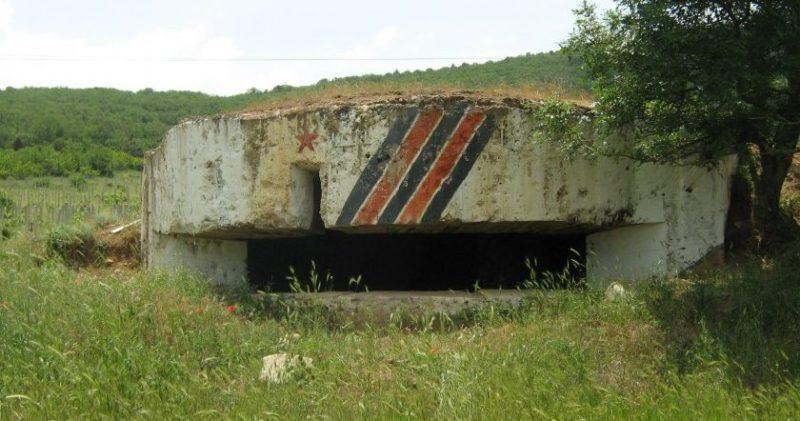 Артиллерийский ДОТ №72 на северном склоне г. Гасфорта под 102-мм орудие Б-2.