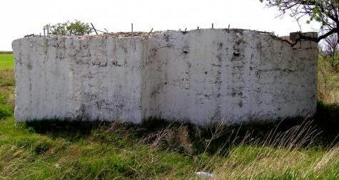 Артиллерийский ДОТ №76 у шоссе Севастополь- Кача под орудие 100-мм Б-24 ПЛ.
