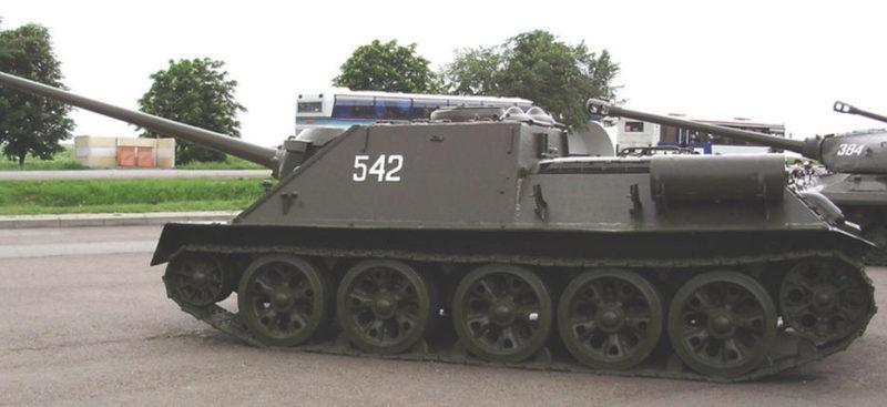 Самоходная установка СУ-100.