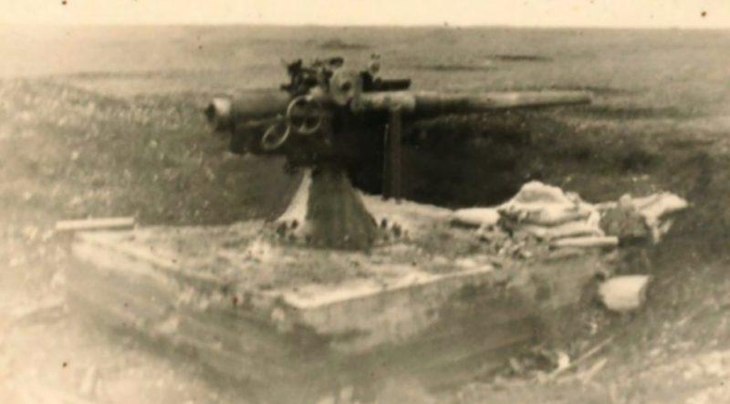 Артиллерийский ДОТ №81 в годы войны под 75-мм пушку Канэ.