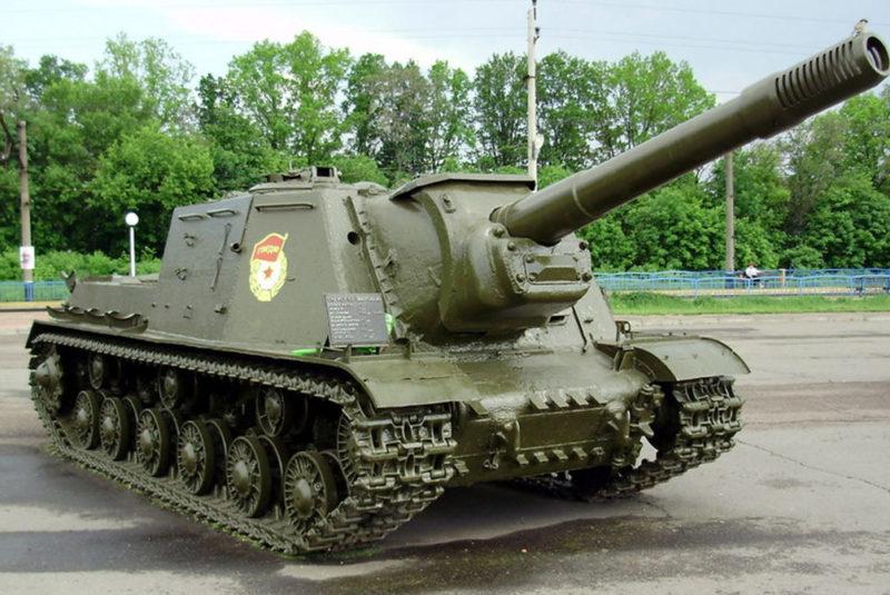 Самоходная установка ИСУ-152.