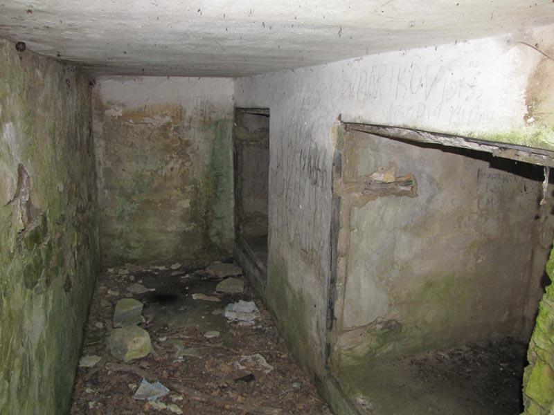 Подбрустверные помещения.