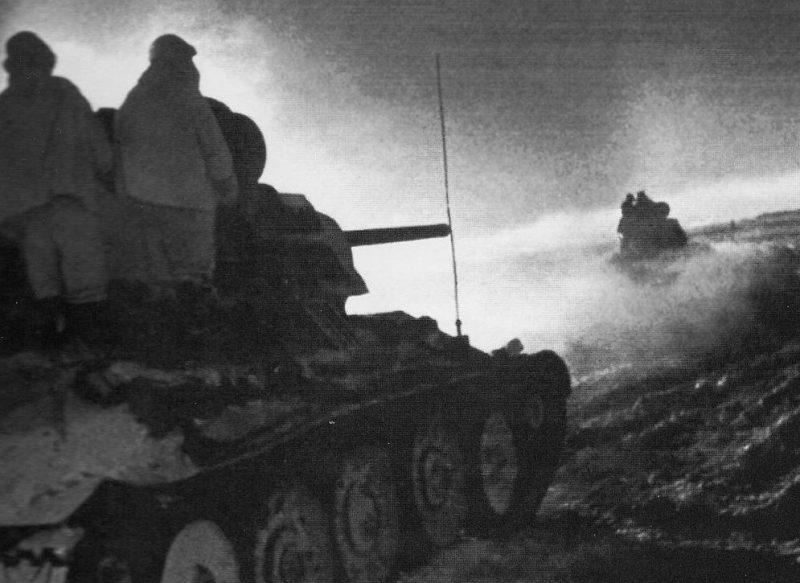 Советские танки в операции «Малый Сатурн».