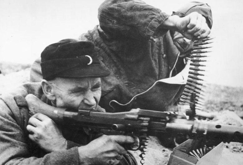 Солдаты Фольксштурма в Силезии.