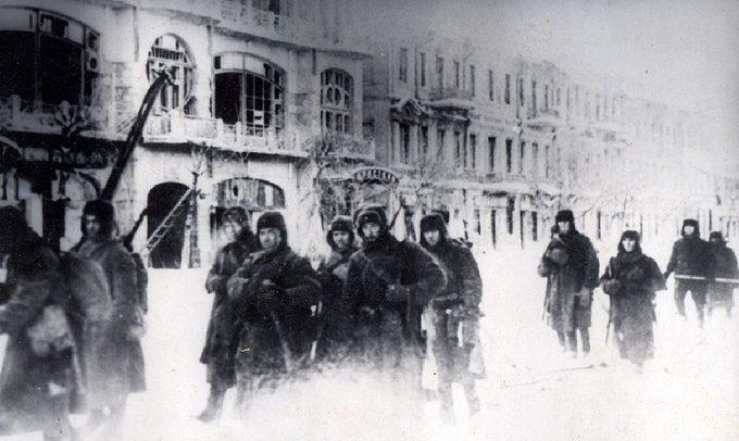 Красная Армия входит в Воронеж.
