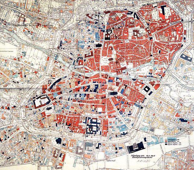 Карта-схема разрушений в городе на 12 февраля 1945 г. Цветовая легенда: ярко-красный – разрушенные старые здания; темно-красный – разрушенные новостройки, синий - поврежденные старые здания; черный – поврежденные новостройки.