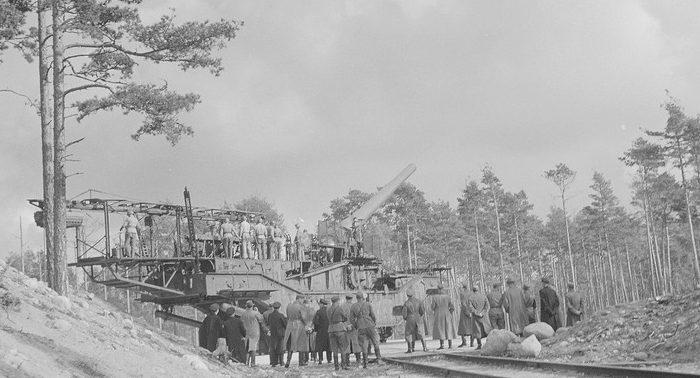 Железнодорожная артиллерийская установка ТМ-3-12 на Ханко в годы войны.