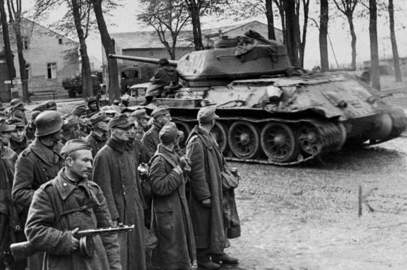 Немецкие военнопленные из Хальбского «котла».