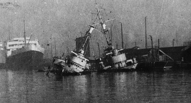 Затопленные эсминцы «Vauquelin» и «Kersaint».