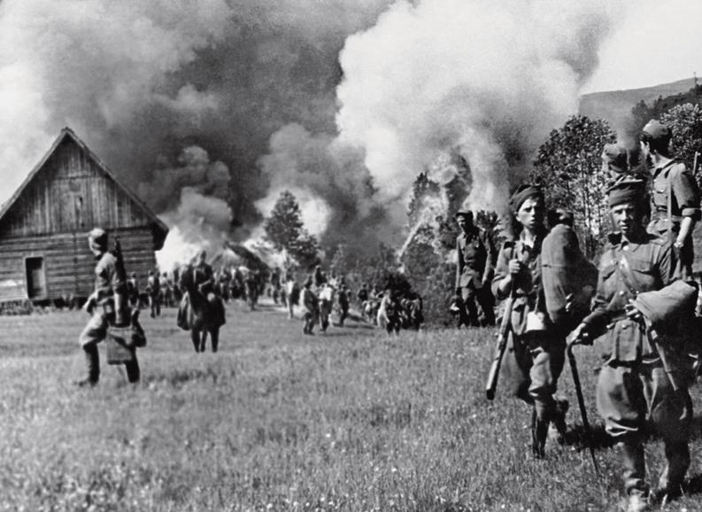 Сжигание украинской деревни.