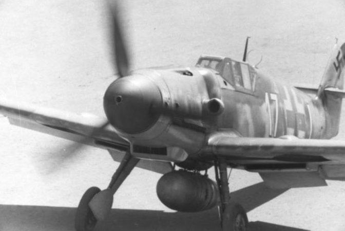 Messerschmitt Bf.109 - основной истребитель Люфтваффе.