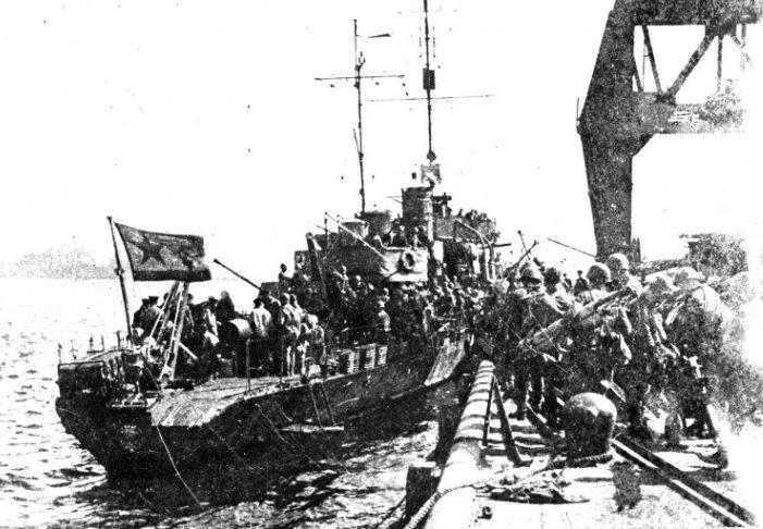 Сторожевик «Метель», подавивший японский бронепоезд.