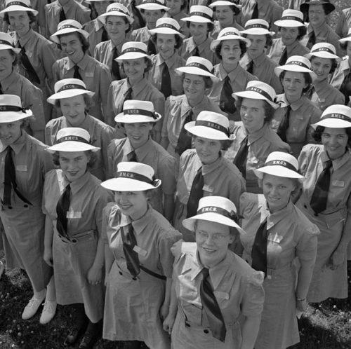 Новобранцы WRCNS в Онтарио. Июль 1943 г.