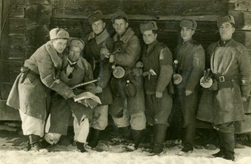 Часть советского гарнизона в Карпатах.