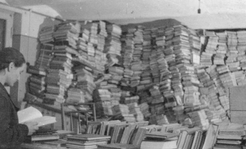 Похищенные ERR книги в Риге. Ноябрь 1943 г.