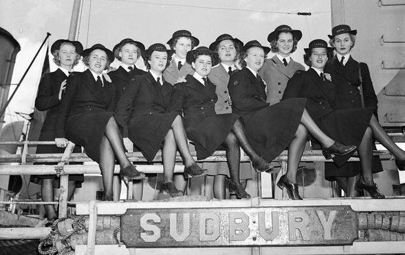 Служащие WRCNS на борту корвете «Sudbury». Новая Шотландия, 19 августа 1943 г.