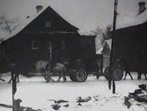 Оккупанты в городе. Декабрь 1941 г.