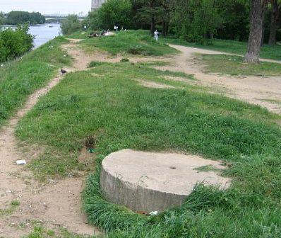 ЖБОТ на левом берегу Москвы реки в Хорошово-Мневники.