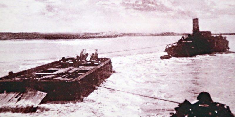 Район поселка Замьяны. Траление электромагнитных мин. 1942 г.