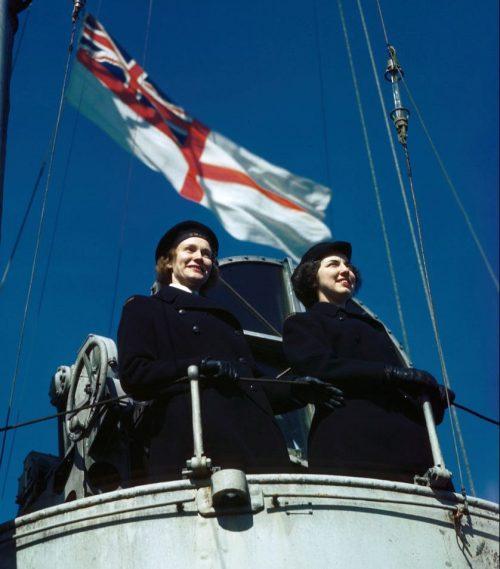 Служащие на легком крейсере «Newfoundland». 1944 г.