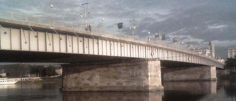 Мост Нибелунгена в Линце.