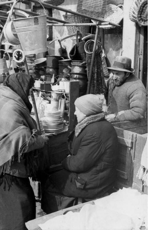 Базар в гетто. Май 1941 г.