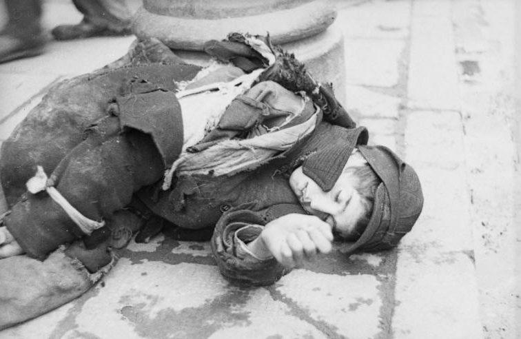 Умершие на улицах гетто. Май 1941 г.