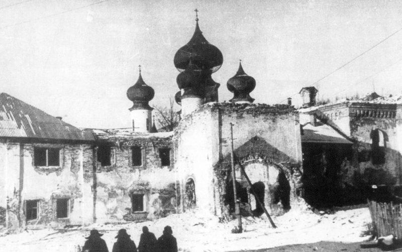 Тихвинский монастырь. 1941 г.