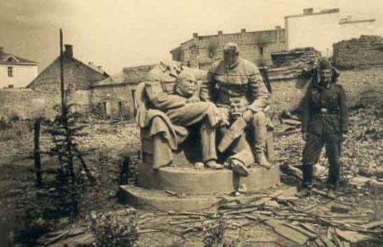 Луцк в оккупации. 1941 г.