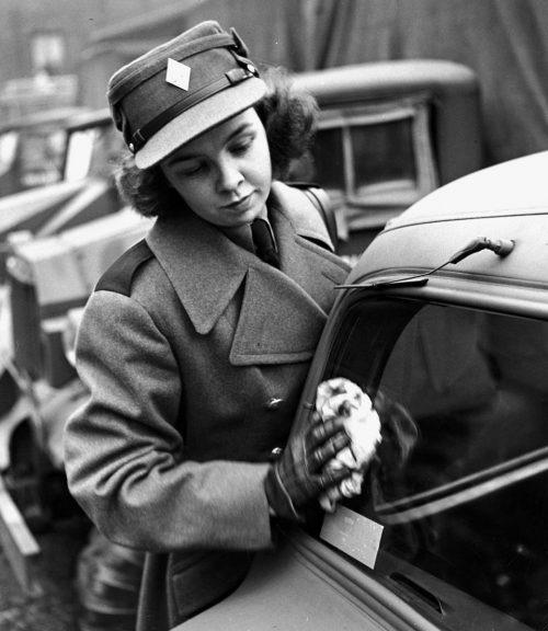 Водители CWAC. Декабрь 1941 г.