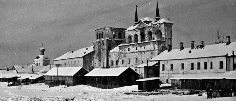 Тихвинский монастырь 1945 г.