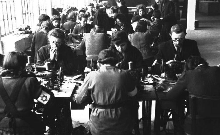Евреи из гетто на работах. Май 1941 г.
