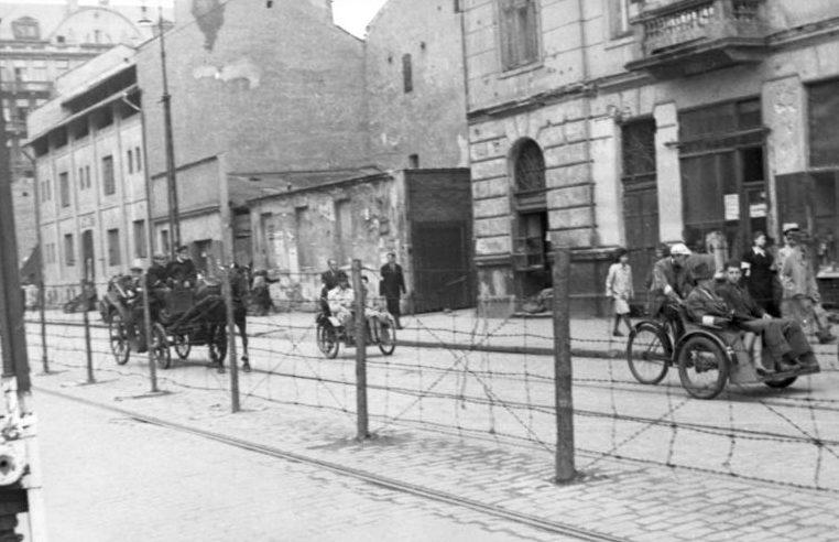 Варшавское гетто в 1942 году.