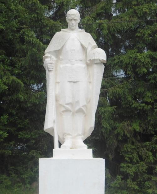 с. Верхнее Красино Ясногорского р-на. Памятник погибшим односельчанам, установленный в 1969 году.