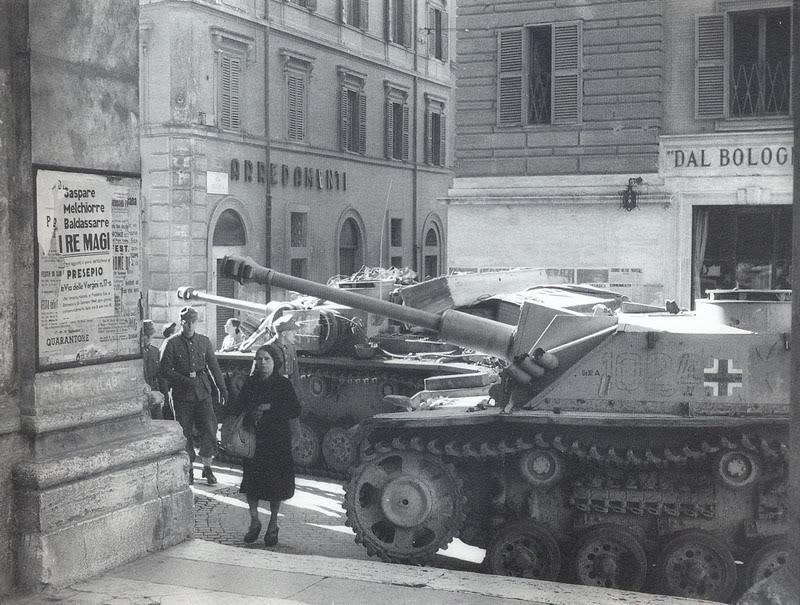 Немецкие войска в Риме.
