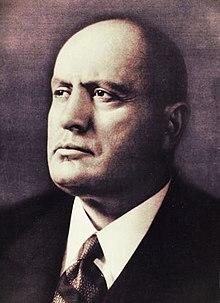Дуче - Бенито Муссолини.